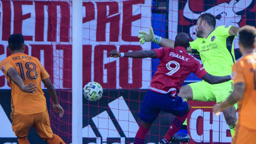 Fafa Picault - scoring goal - DAL v HOU