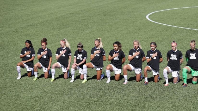 NWSL - Players kneeling - Challenge Cup