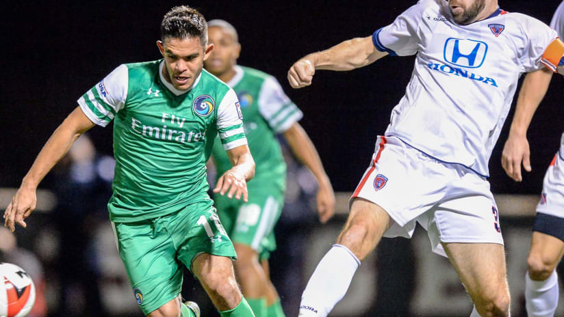 Andres Flores with the New York Cosmos in 2016 NASL final