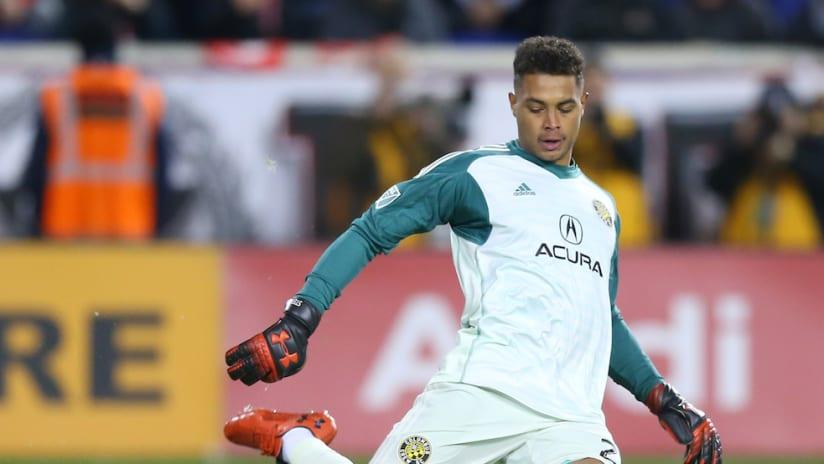 Zack Steffen kicks the ball