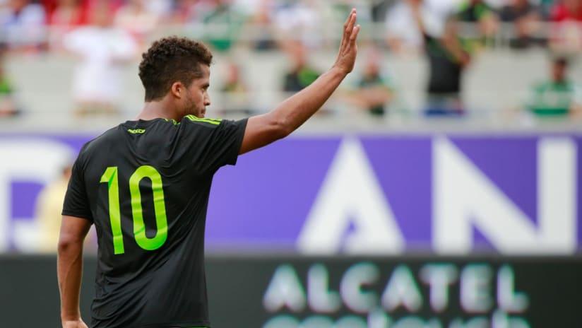 Giovani dos Santos - Mexico National Team - Waves to crowd