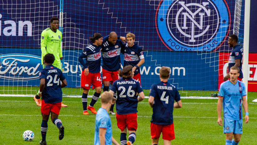 Teal Bunbury celebrates goal - New England vs. NYCFC - Oct. 11, 2020