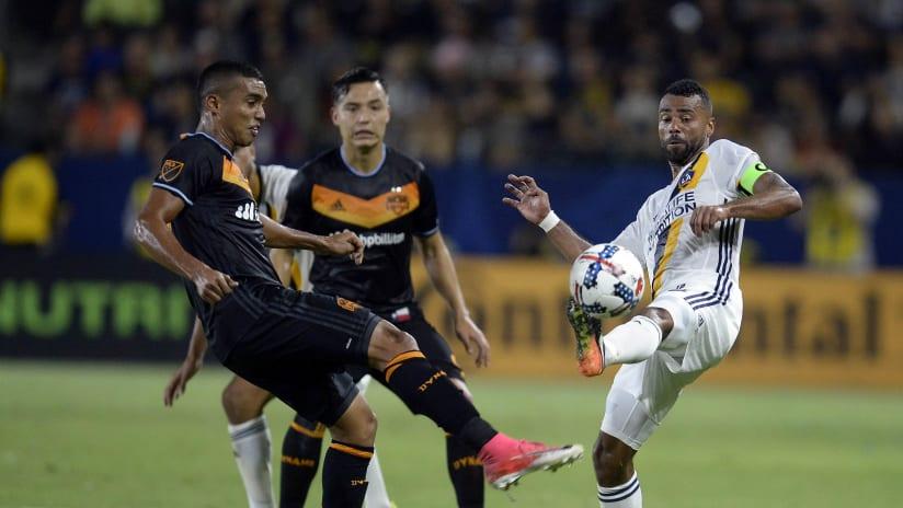 Mauro Manotas, Ashley Cole - LA Galaxy vs. Houston Dynamo