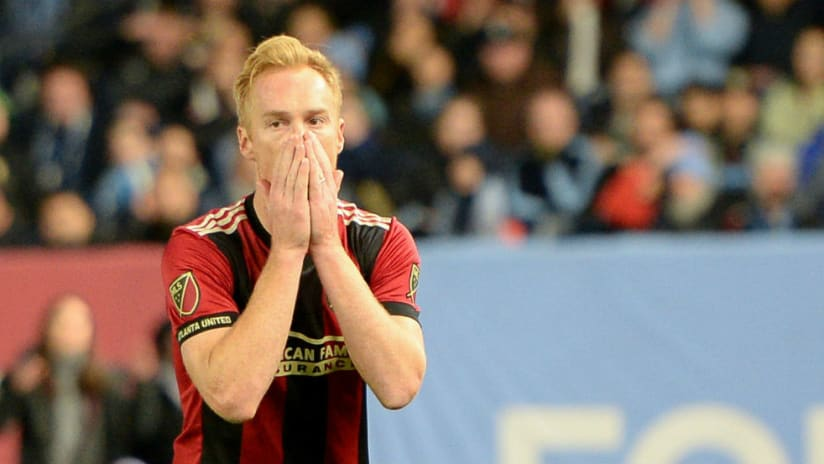 Jeff Larentowicz - holds face - after miss vs NYCFC
