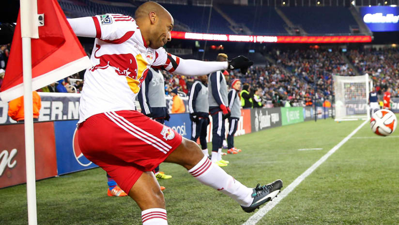 Thierry Henry - takes a corner kick - final career game - Gillette Stadium