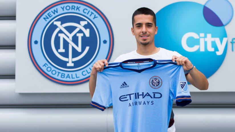 Danny Bedoya signs with NYCFC