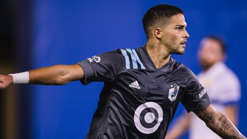Luis Amarilla - Minnesota United - arms wide open