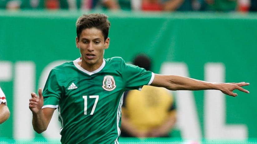 Jurgen Damm - Mexico - Dribbling