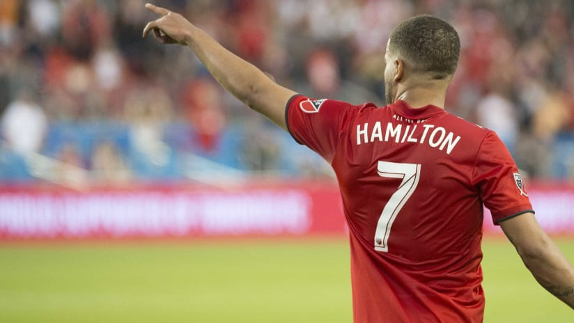 Jordan Hamilton - back - Toronto FC - pointing