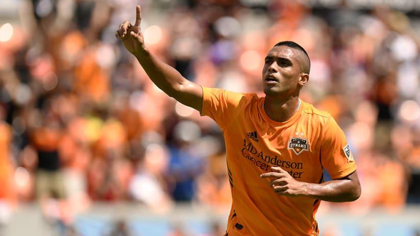 Mauro Manotas - Houston Dynamo - Celebrate