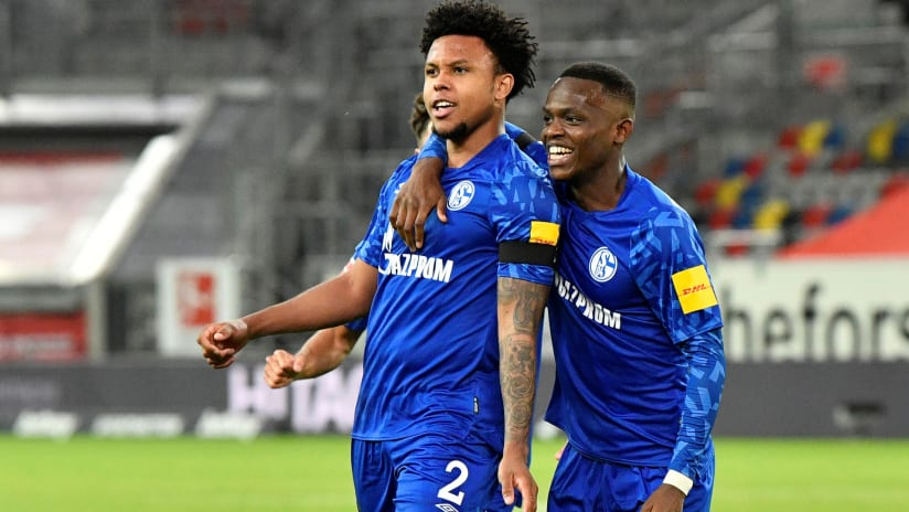 Weston McKennie - Schalke 04 - celebrates a goal - May 27, 2020