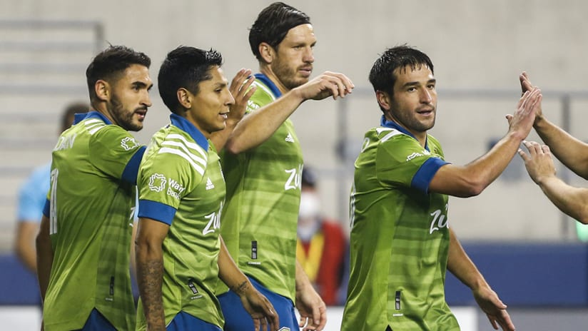 Seattle Sounders - goal celebration - high fives