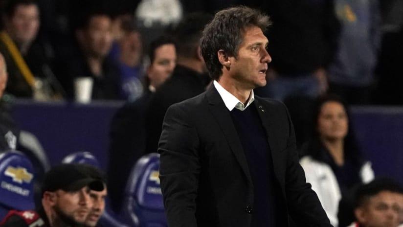 Guillermo Barros Schelotto - sideline - LA Galaxy