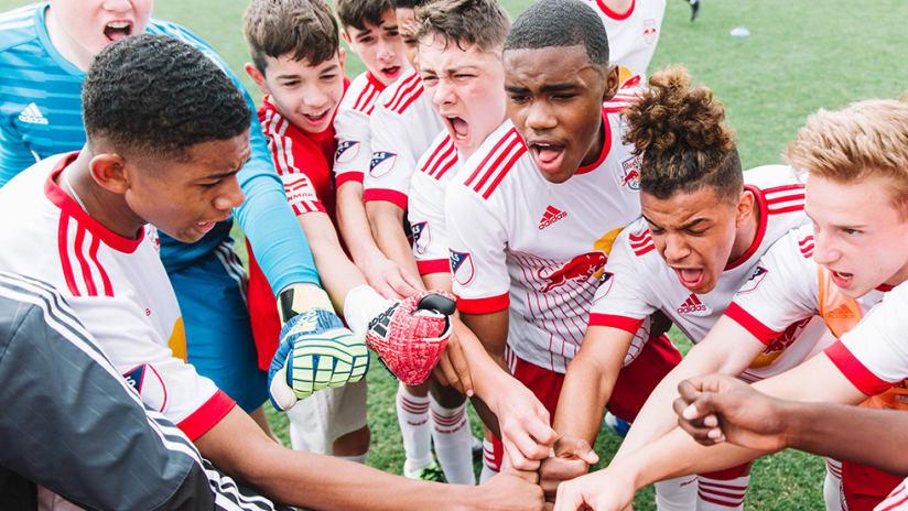 New York Red Bulls academy - huddle