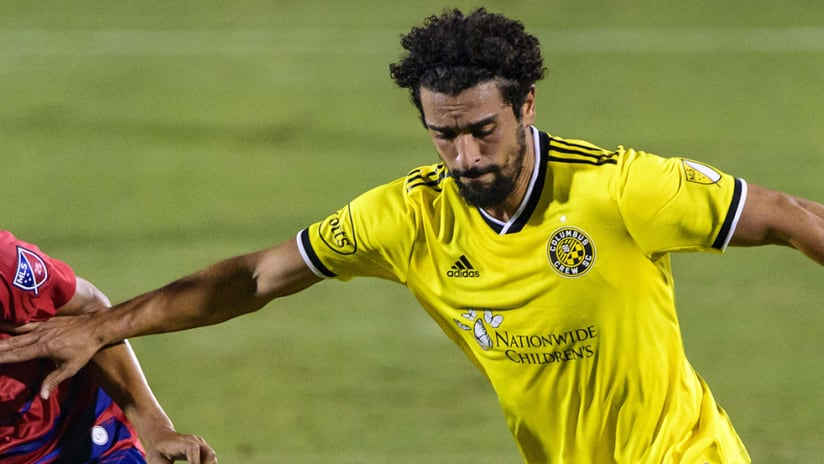 Youness Mokhtar - Columbus Crew SC - arms wide