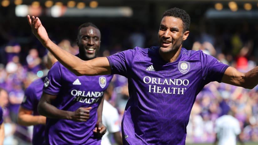 Tesho Akindele celebrates - Orlando City SC