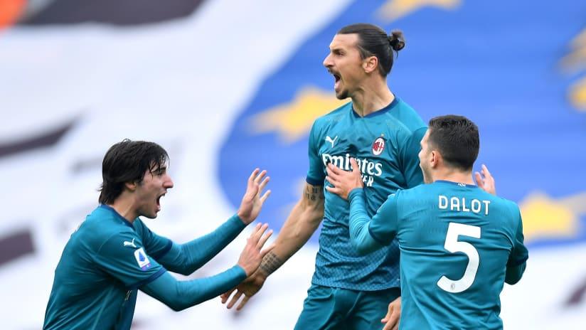 Zlatan Ibrahimovic - Milan bicycle kick celebration