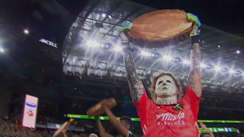 Screen grab: Steve Clark - Portland Timbers - Michael Myers mask