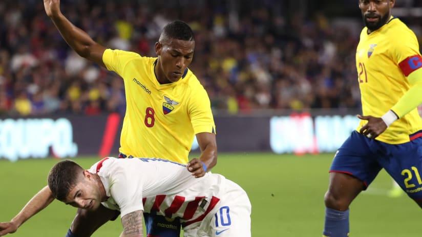 Carlos Gruezo tackles Pulisic - Ecuador - FC Dallas