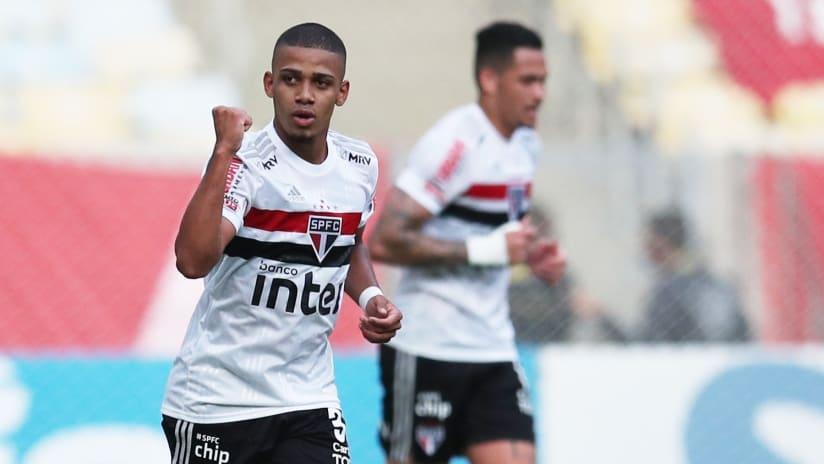 Brenner celebrates with Sao Paulo - FC Cincinnati