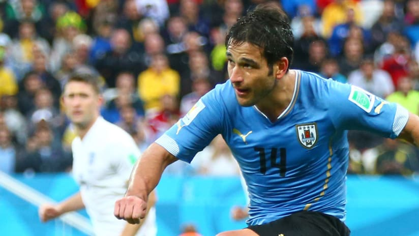 Nicolas Lodeiro - Uruguay - World Cup 2014 vs. England