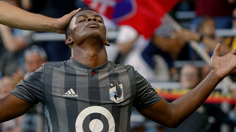 Darwin Quintero - Minnesota United FC - Praying