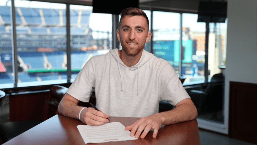 Matt Turner contract signing