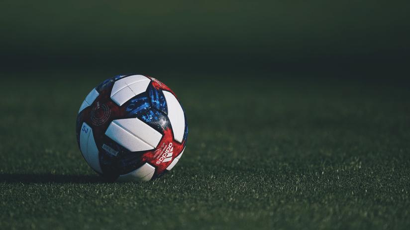 Soccer Ball - Telemundo - Quakes