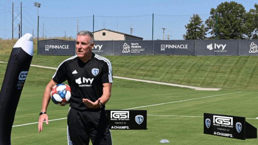 Peter Vermes GOAL STATION - Sporting KC