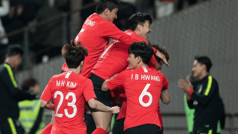 Inbeom Hwang - South Korea - group celebration