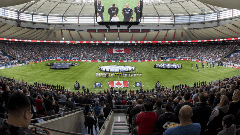 BC Place - crowd - wide shot - from press box
