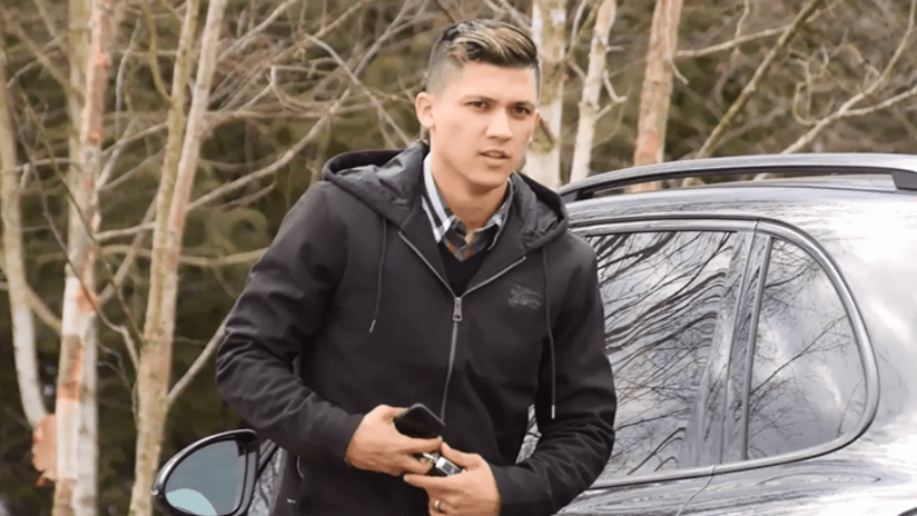 Montero screenshot - first day - car