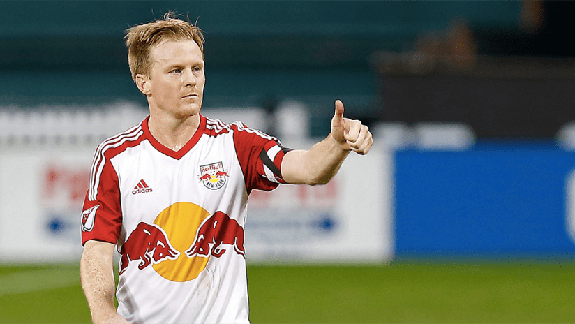 Dax McCarty - New York Red Bulls - thumbs-up