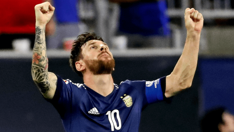 Lionel Messi - Argentina - fists to the sky