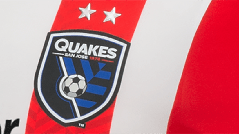 San Jose Earthquakes - 2016 secondary jersey - crest detail