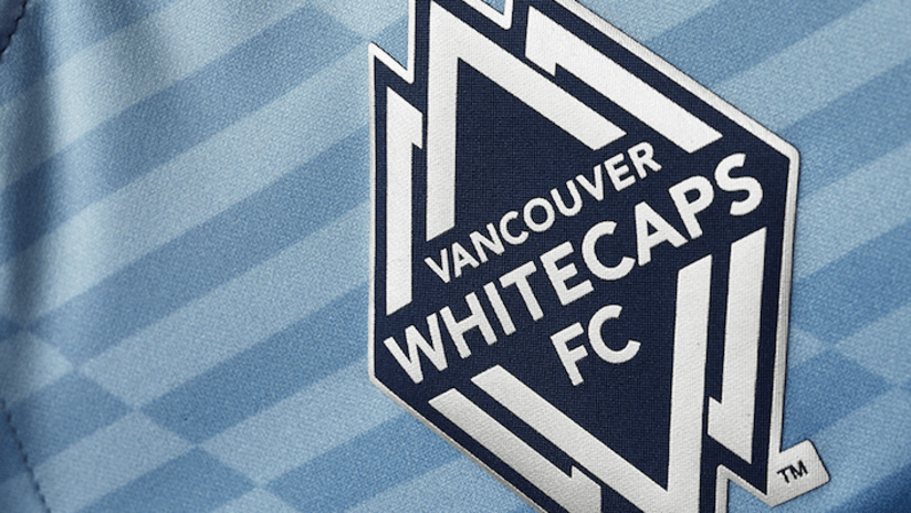 Vancouver Whitecaps 2016 away jersey crest detail