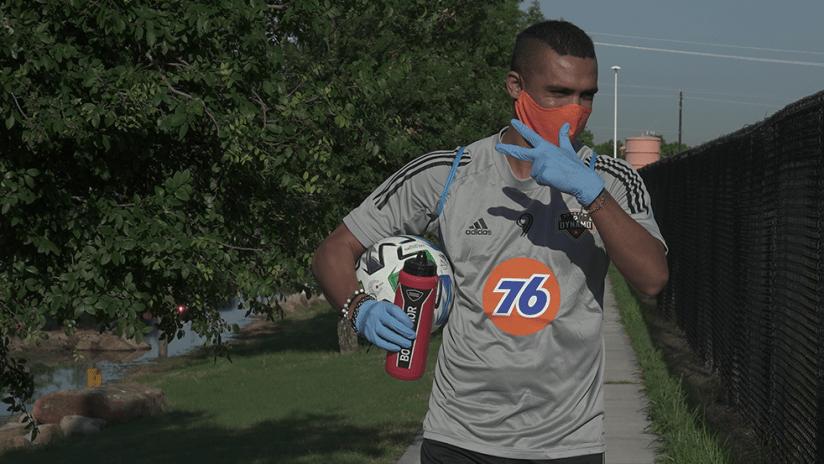 Mauro Manotas - Houston Dynamo - Return to training