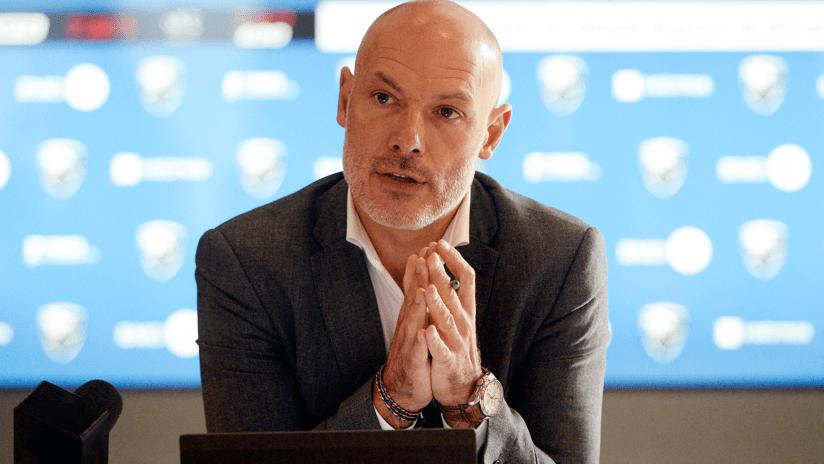 """Howard Webb talks use of VAR in MLS: """"We're not disallowing things for minutiae"""""""