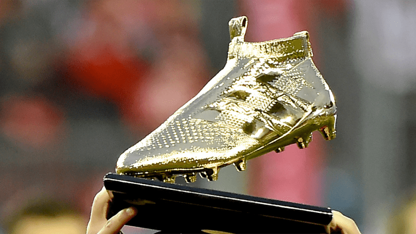 Golden Boot - 2016 - Trophy close up