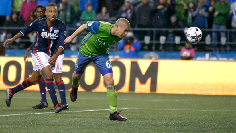 Ozzie Alonso - Seattle Sounders - Game-tying header vs. New England Revolution