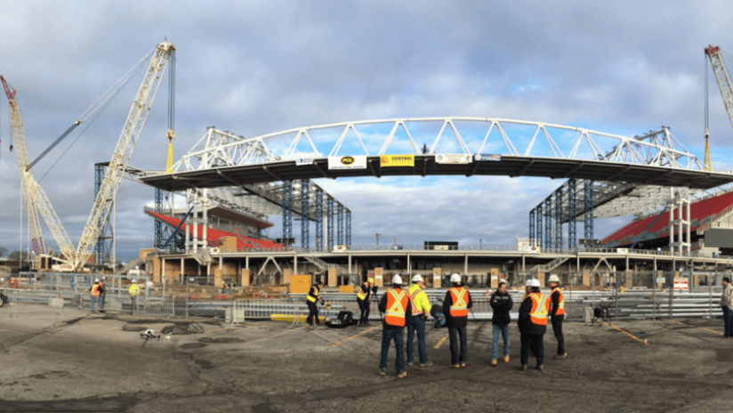 BMO Field - South End canopy - construction pic