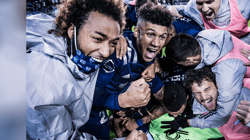 Sporting KC - 2020 - celebrate after Round One win