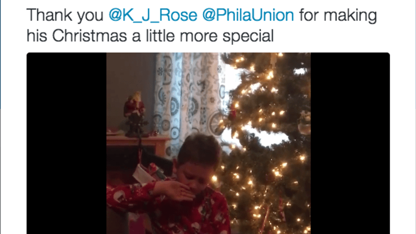 EMBED ONLY - Union fan Christmas