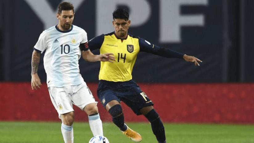 Xavier Arreaga challenges Lionel Messi - October 8, 2020
