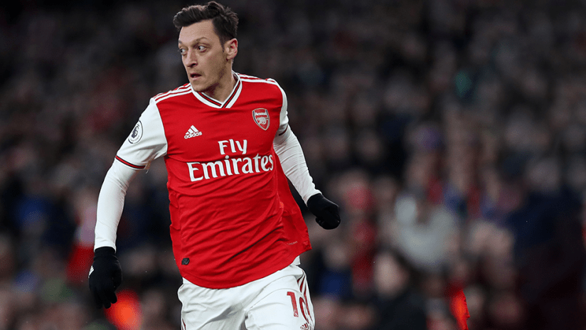 Mesut Ozil - 2021 - Arsenal - medium shot