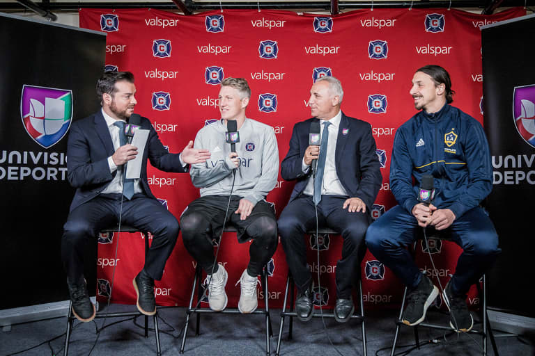 Photo Gallery   Fire vs. LA Galaxy at sold-out Toyota Park -
