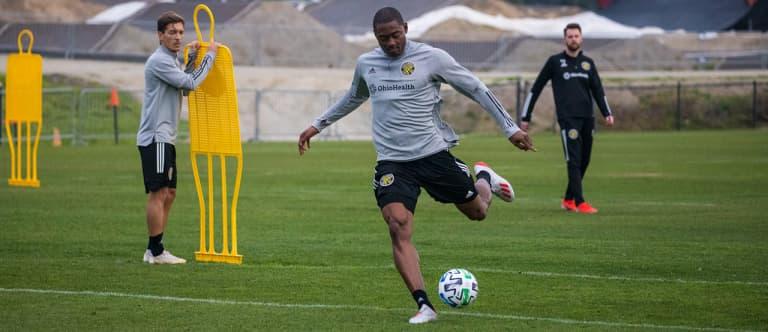 Columbus Crew SC selects forward Fanendo Adi off MLS waiver list -