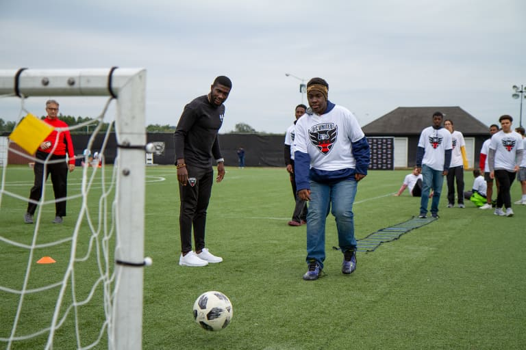 Opare hosts annual Dreams for Kids D.C. youth soccer clinic -