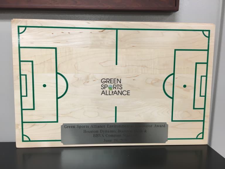 Houston Dynamo, Dash and BBVA Compass Stadium win Environmental Innovators of the Year Award -