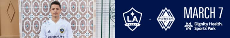 """LA Galaxy sign forward Javier """"Chicharito"""" Hernández -"""
